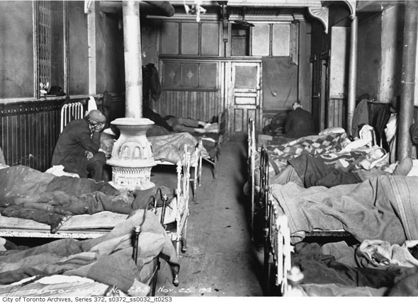 20130910-Slums-Beds