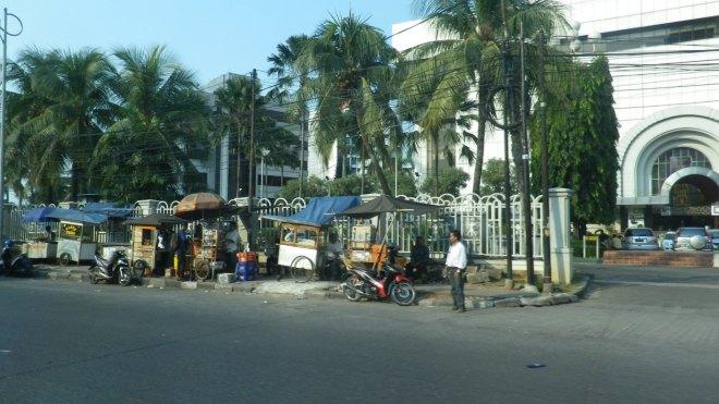 Jakarta Indonesia Vendeurs dans les rues