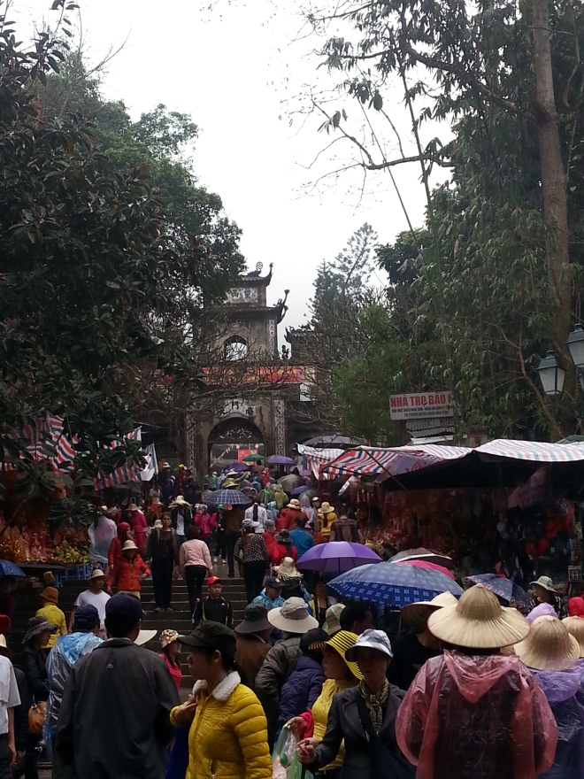 Perfume Pagoda Vietnam crowded